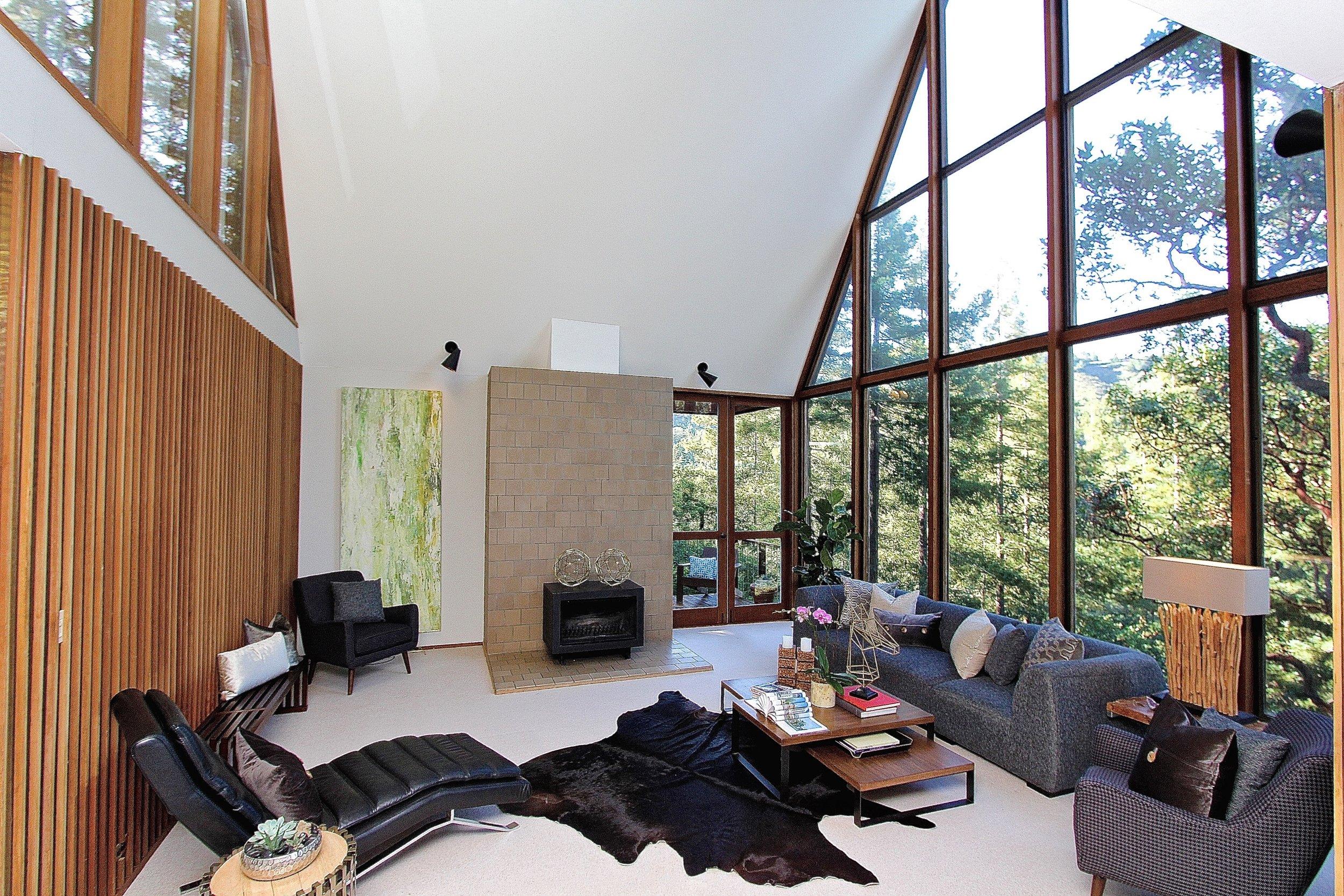 Living Room - new.jpg