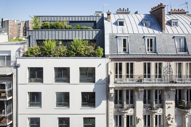 Focus sur la surélévation de l'immeuble rue Poussin, Paris.