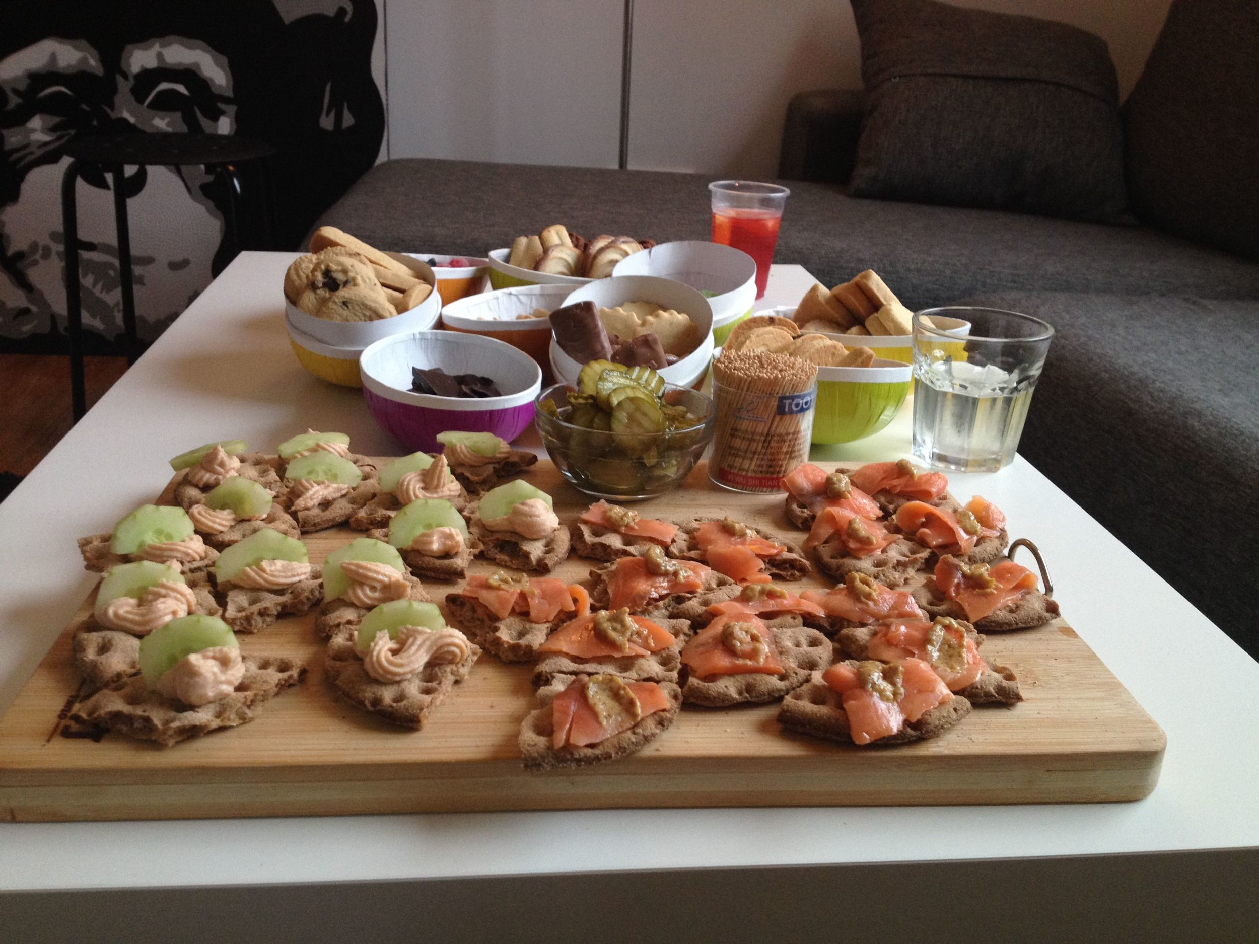Thanks to Ikea's Swedish foodstore it was possible for us to do a little magic in the kitchen and serve delicious Scandi Snacks