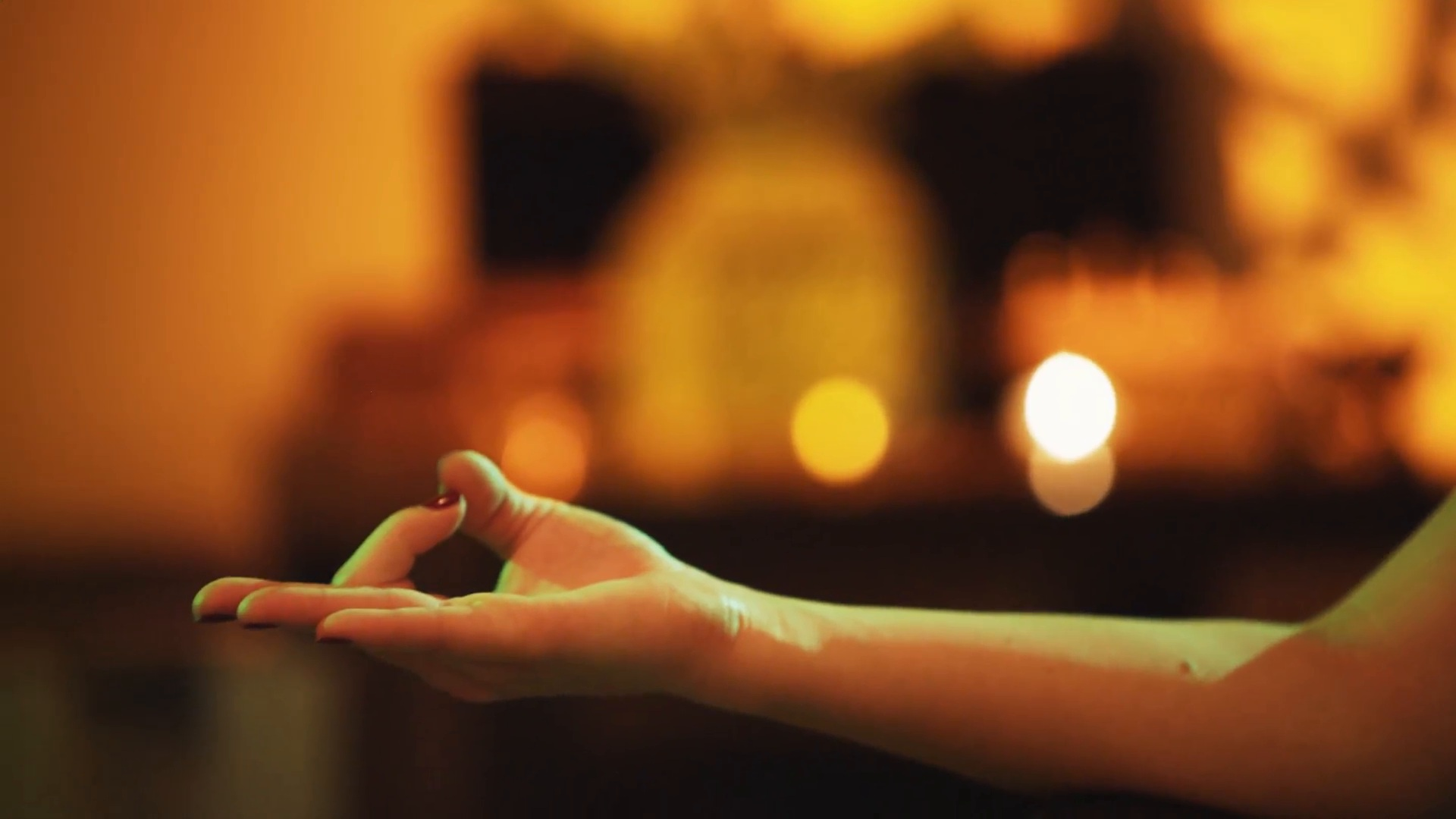 Restorativ Yoga & Yoga NidraJule-edition -