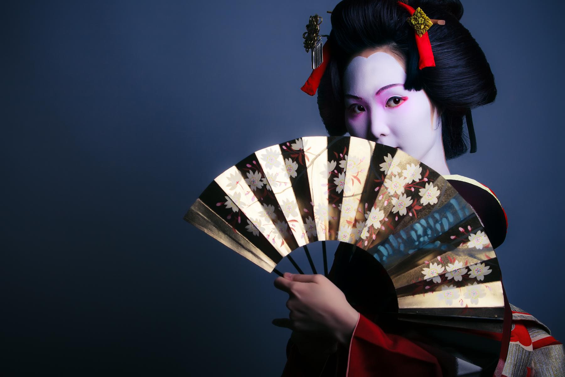 Geisha-4.jpg