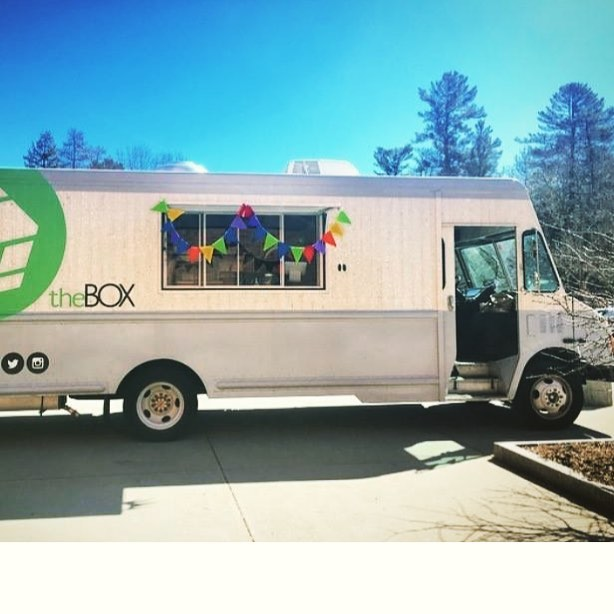 theBOX is back!! The truck returns to Tuck Circle tomorrow and will now accept Tuck students' DBA as payment!  Watch our Instagram story for daily menu updates...we hope you're as pumped as we are for the first falafel of the season!  Hours: 11:30-2:30 Monday-Thursday @ Tuck Circle Friday @ Silsby  #thebox #foodtruck #dartmouth #tuck #dartmouthcollege #hanover #falafel #spindrift