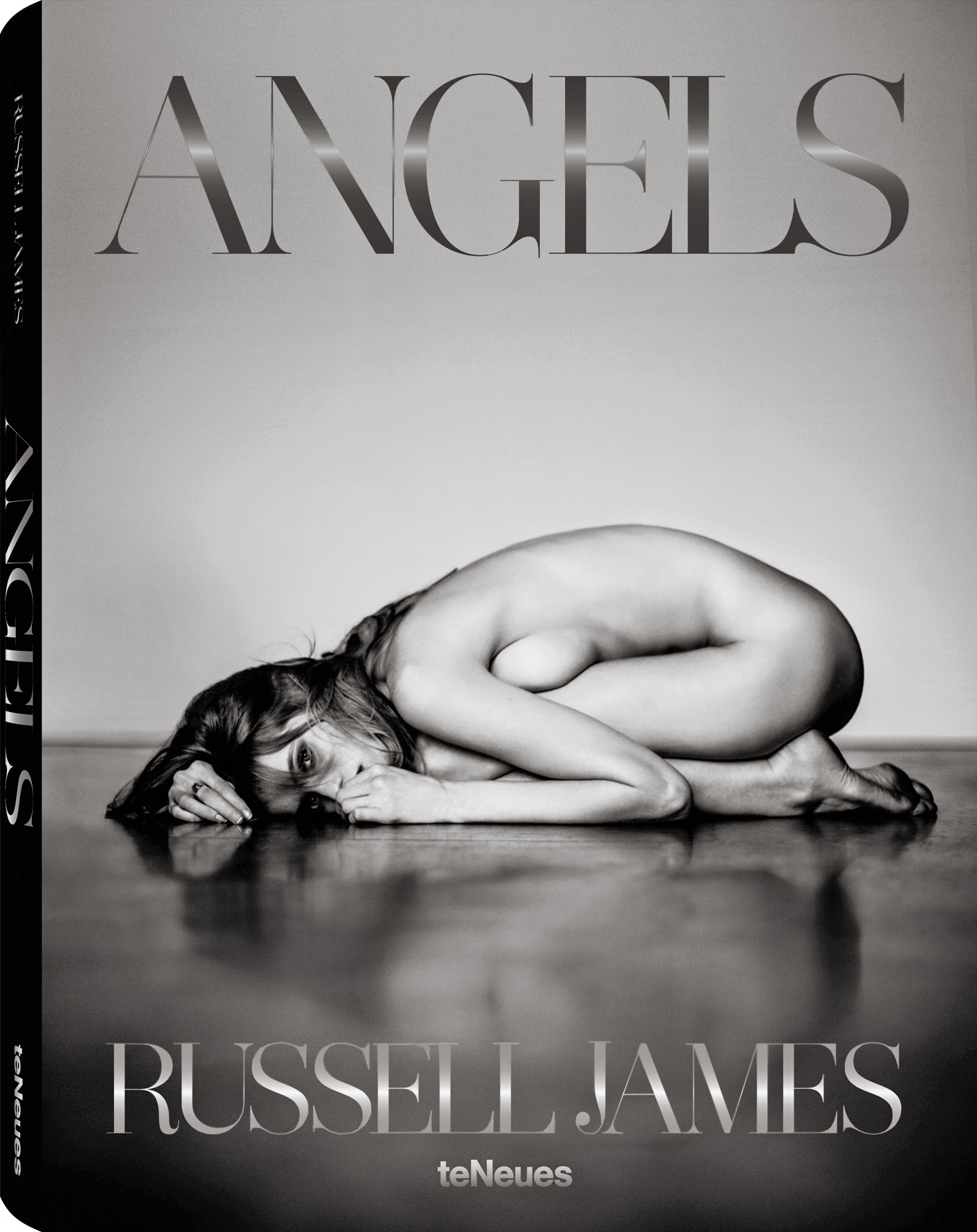 © Angels by Russell James, to be published by teNeues in September 2014, € 148,  www.teneues.com  .  Abbey Lee, New York City, 2010,  Photo © 2014 Russell James. All rights reserved.