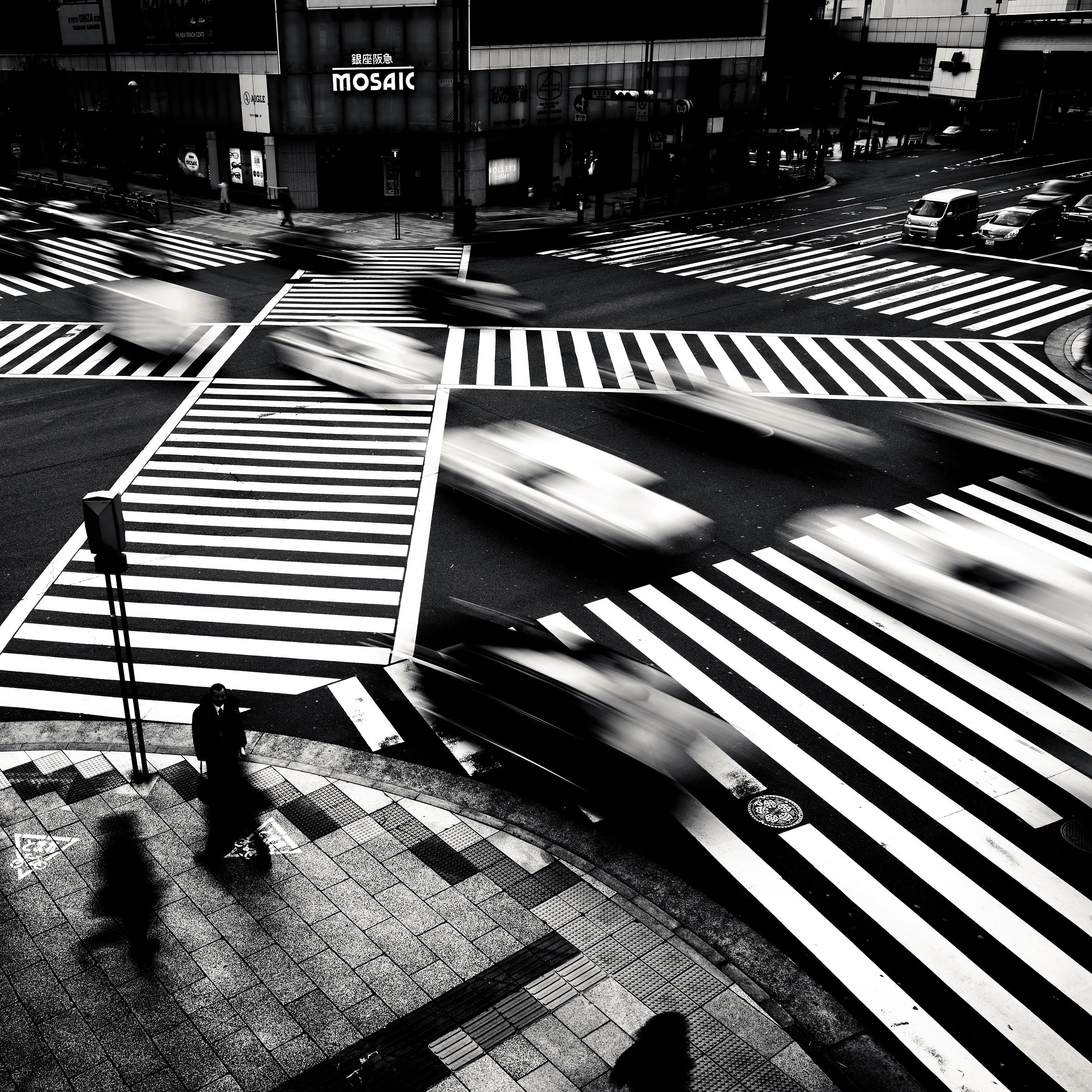 © Josef Hoflehner - Retrospective 1975-2015, to be published by teNeues in September 2015, www.teneues.com. Ginza, Tokyo, Japan, 2009, Photo © 2015 Josef Hoflehner. All rights reserved.