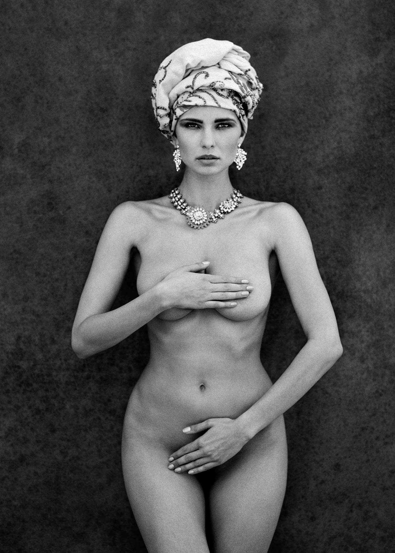 © Senza Parole by Marc Lagrange, to be published by teNeues in September 2015, www.teneues.com. Aphrodite, Photo © 2015 Marc Lagrange. All rights reserved.