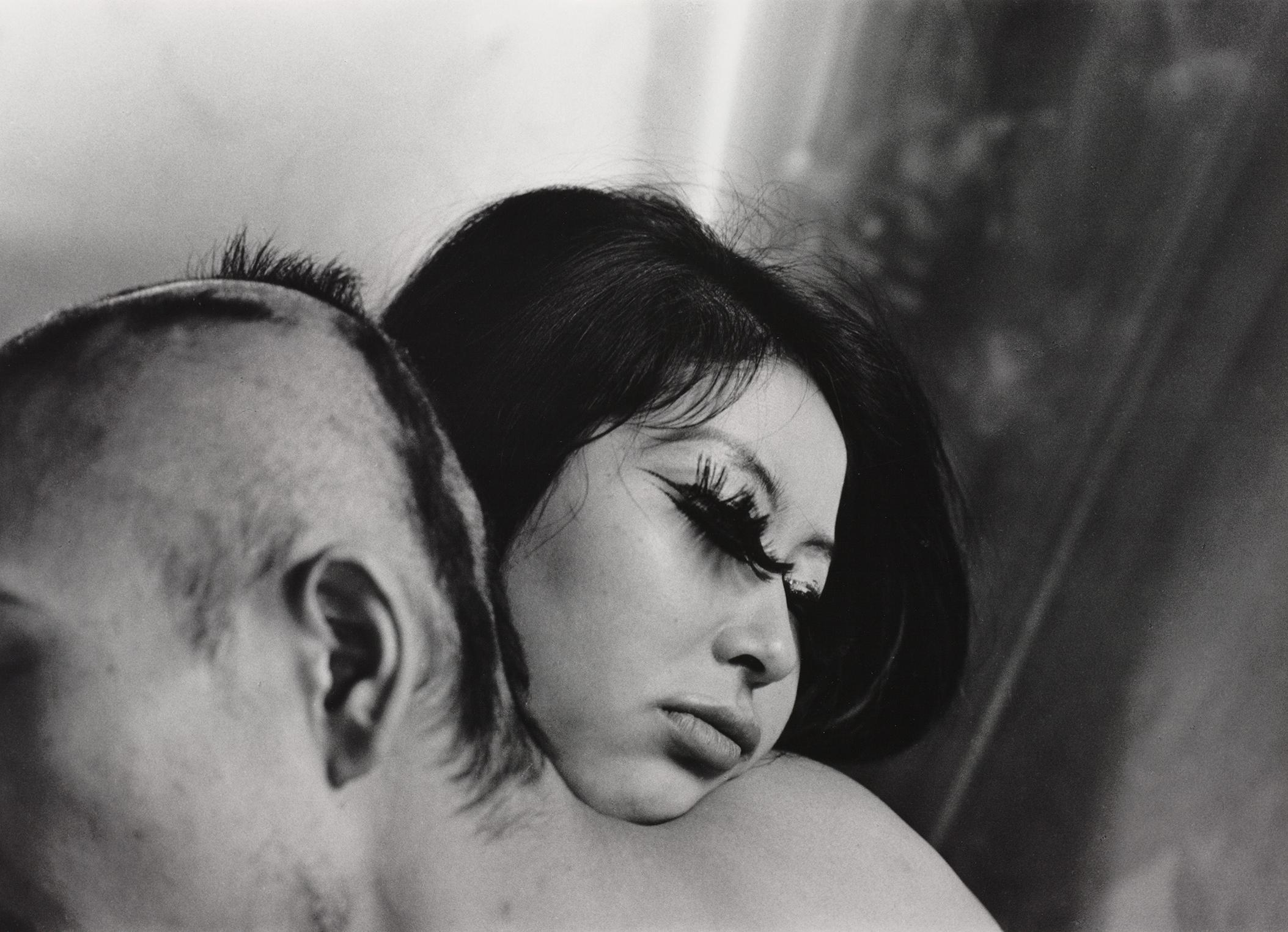 Shomei Tomatsu Blood and Rose, Tokyo, 1969 Albertina, Wien – Dauerleihgabe der Österreichischen Ludwig-Stiftung für Kunst und Wissenschaft