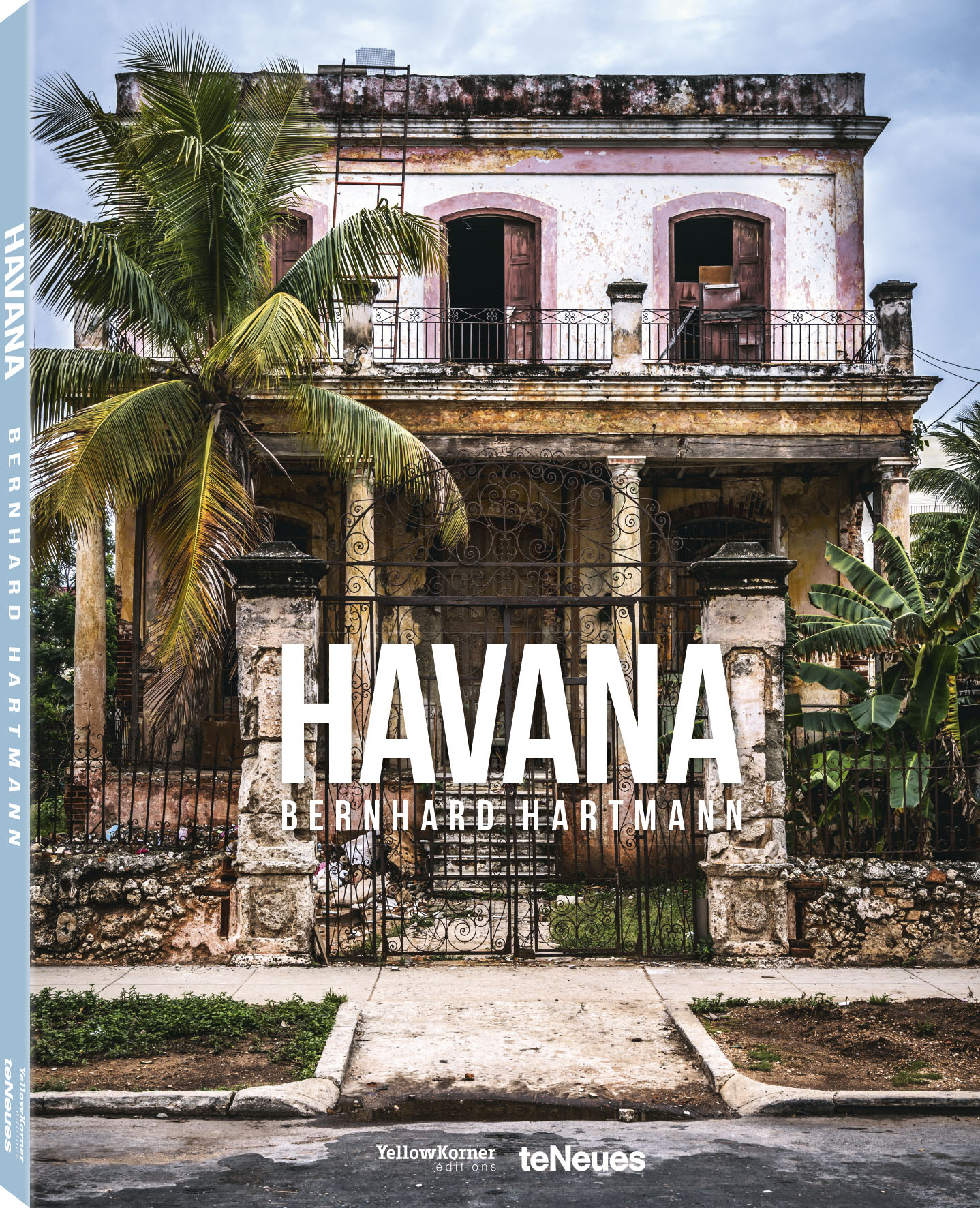 © HAVANA by Bernhard Hartmann, published by teNeues and YellowKorner, www.teneues.com, www.yellowkorner.com. Casa Vedado, El Vedado, 2016, Photo © 2016 Bernhard Hartmann. All rights reserved