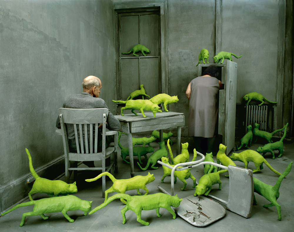 Sandy Skoglund, Radioactive Cats, 1980 Photo © 1980 Sandy Skoglund