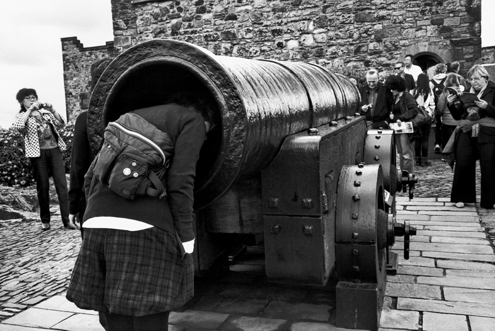 Mons Meg, Edinburgh Castle, Edinburgh, Scotland, 2012  Photo © 2018 Elliott Erwitt/Magnum Photos. All rights reserved.