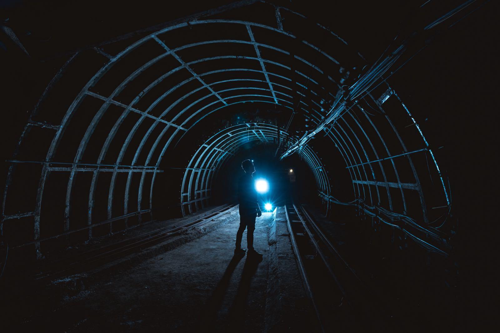London - below ground (Kings X alter.JPG