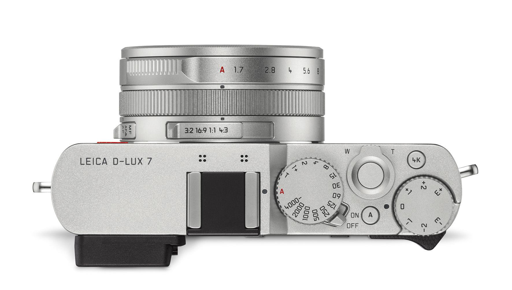Leica D-Lux7_top_RGB.jpg