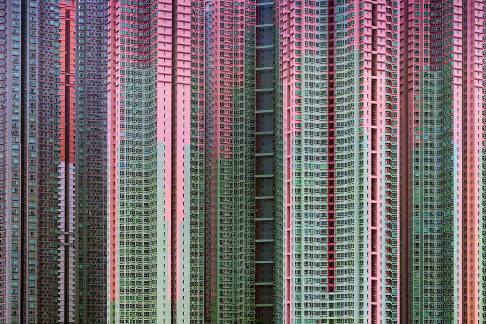 aod #39, 2005, Serie: Architecture of Density, Growth  Photo © Michael Wolf