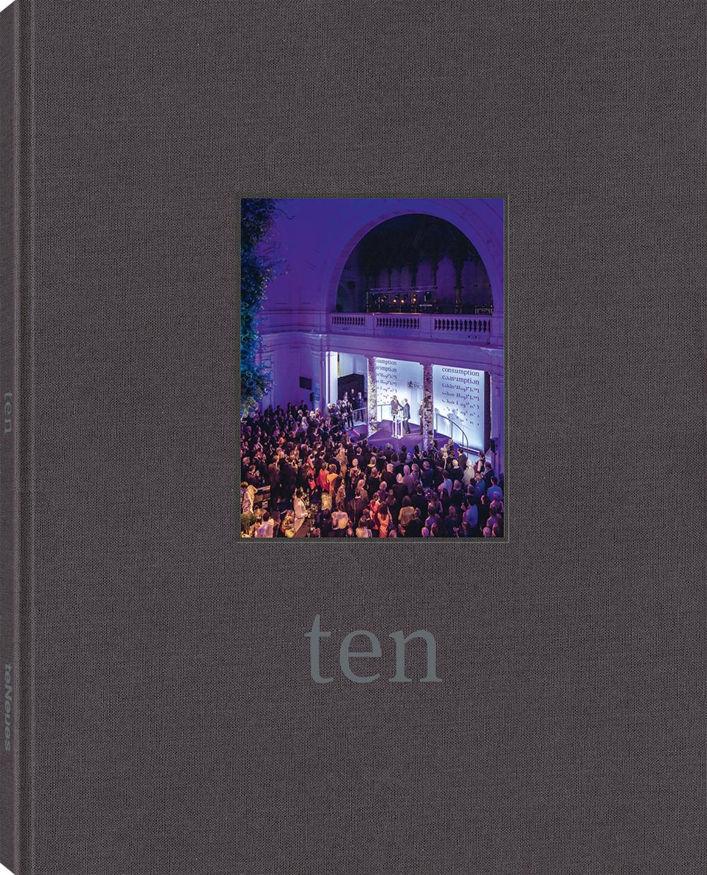 © TEN - Prix Pictet, erschienen bei teNeues, € 40,  www.teneues.com , © 2018 courtesy of The Prix Pictet Ltd.  www.prixpictet.com ,  www.pictet.com , Photo © Magnus Arrevad