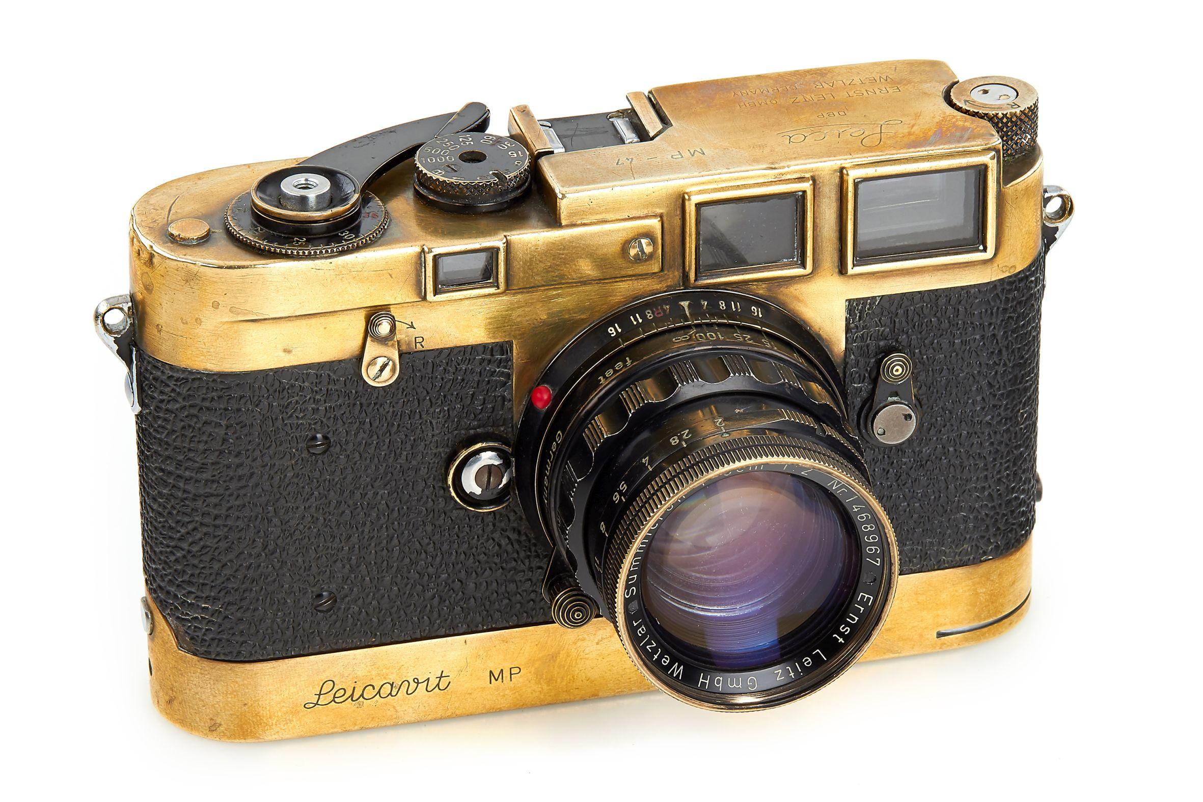 Leica MP black paint - Gérard Bois.jpg