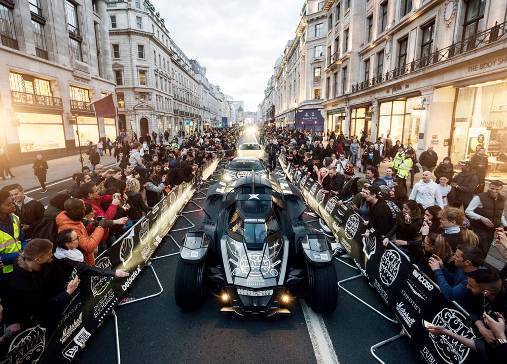 Batman arrives in London  Photo © Oskar Bakke