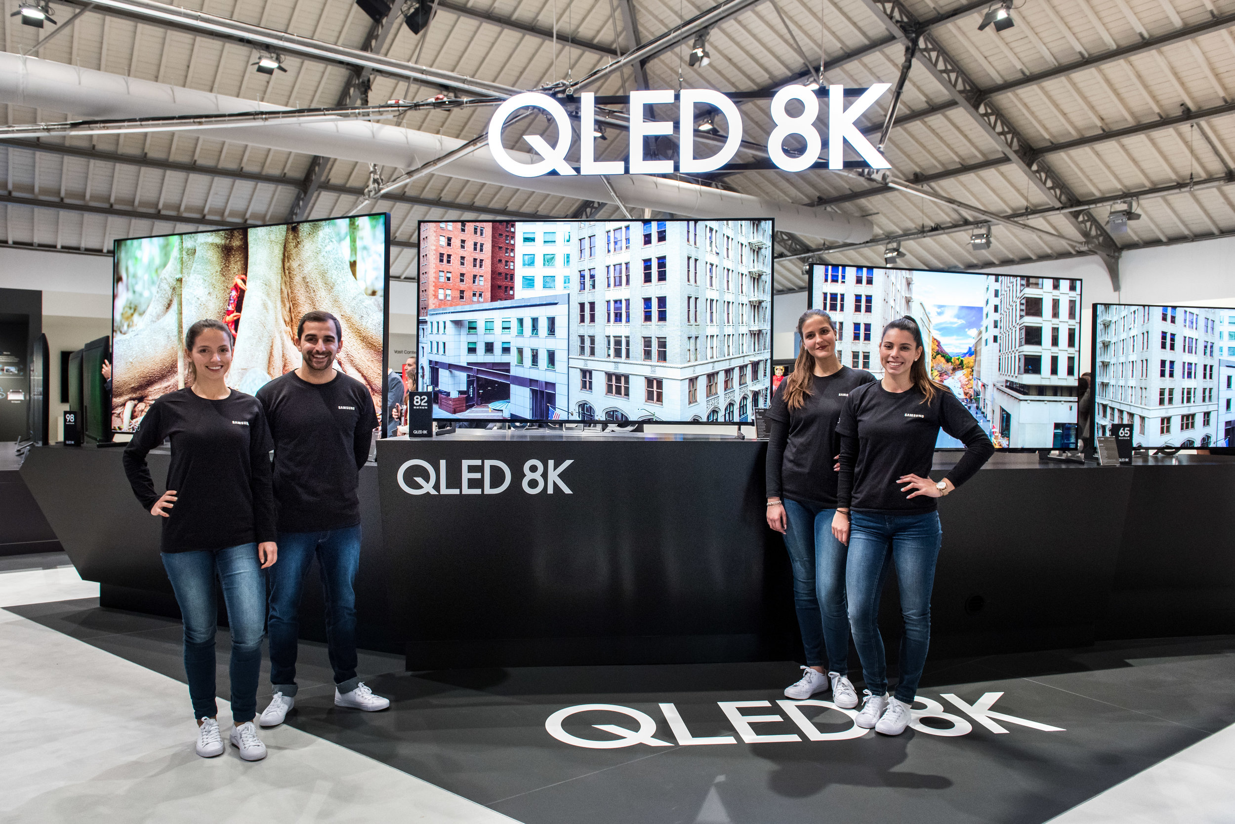 Samsung-2019-QLED-TV-announcement-1.jpg