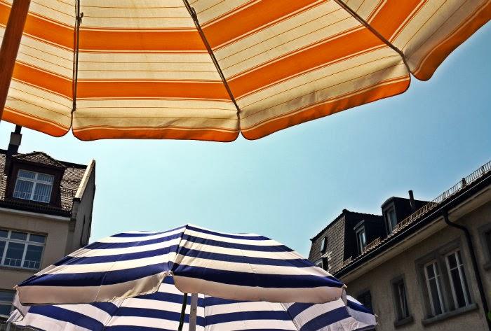 Schirm+Terrasse.jpg