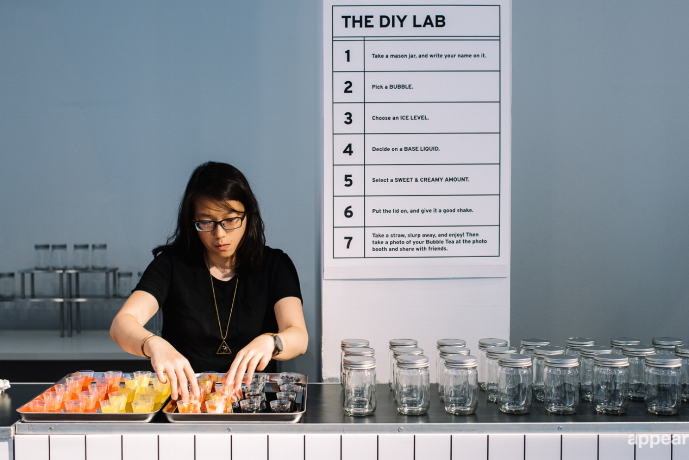 Visitors could make customized bubble tea base on their choices. Photo credit: AppearHere