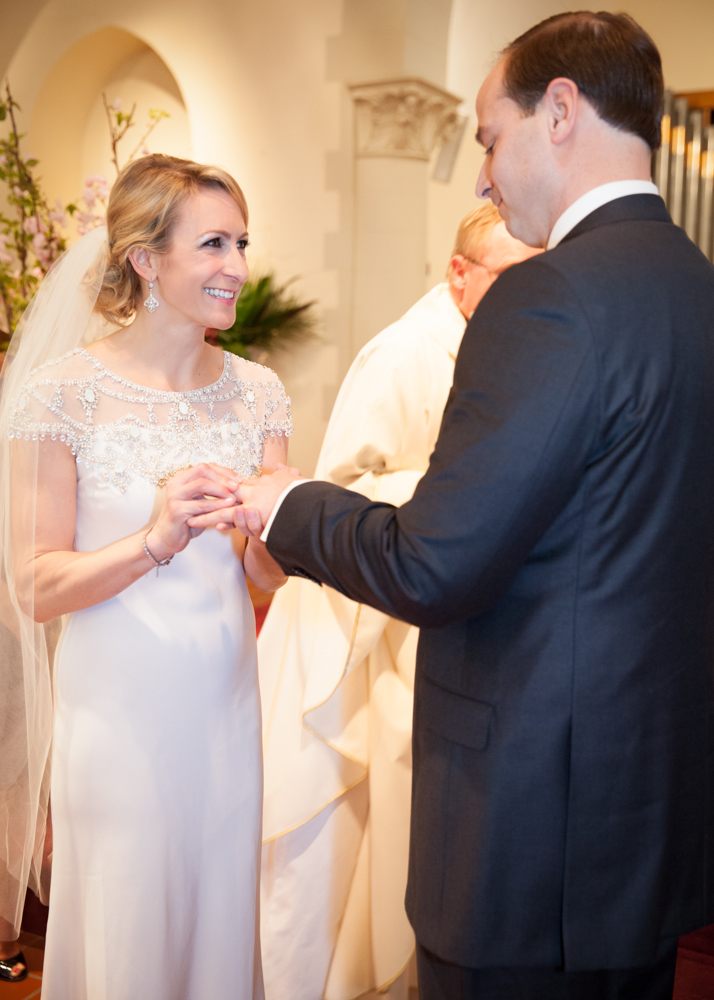 brides-vows-ring-ceremony