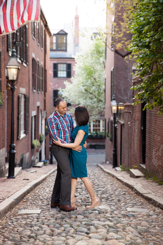couple-in-love-acorn-alley-boston-engagement-cobblestone.jpg