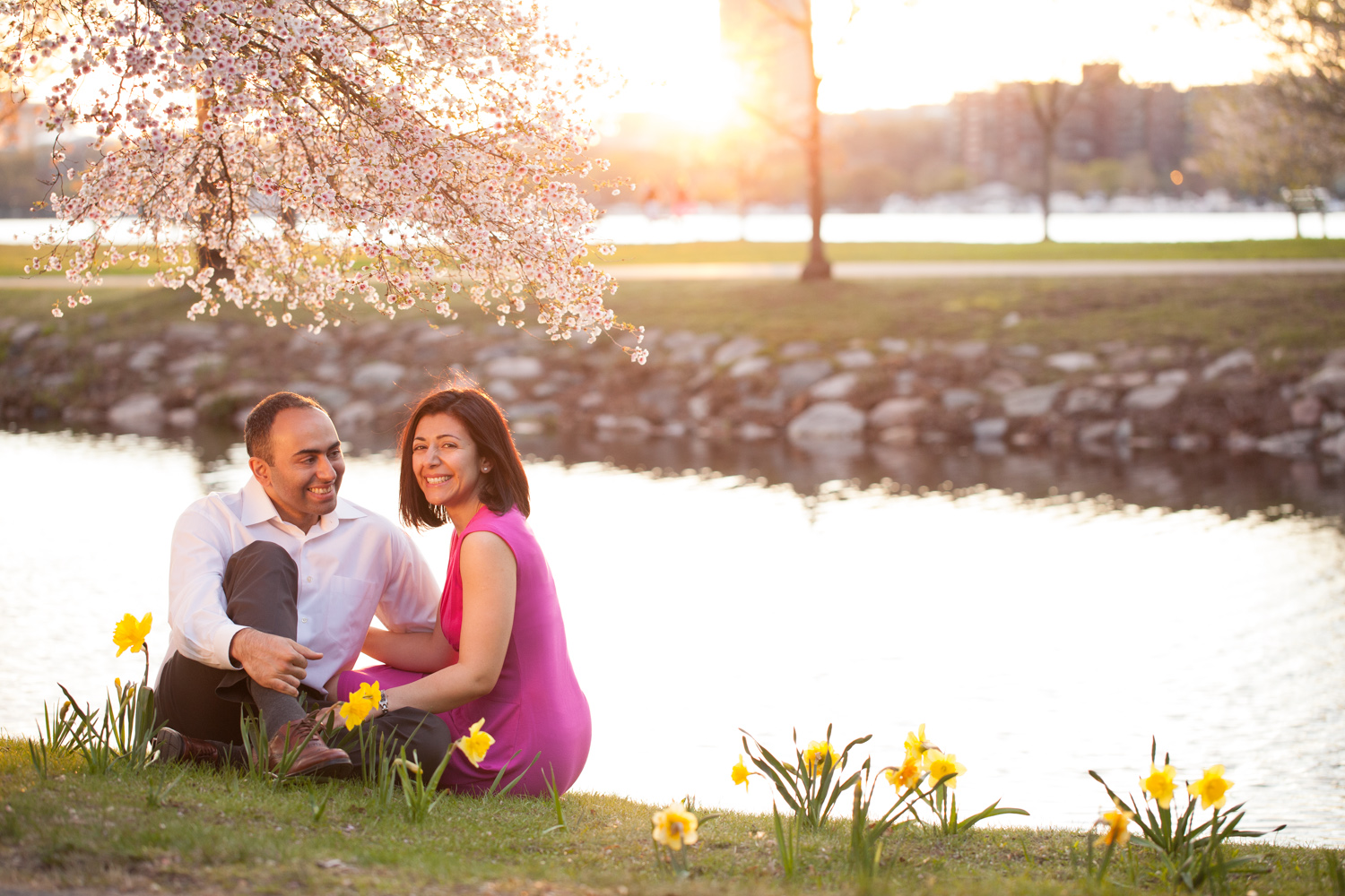 spring-charles-river-boston-cherry-blossoms-photo-shoot-pink-dress.jpg