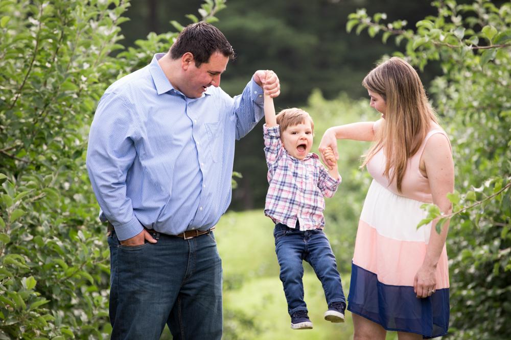 fun-family-day-smolak-farm-massachusetts.jpg