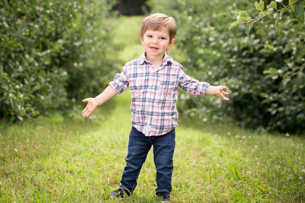 summer-new-england-farm-kids.jpg