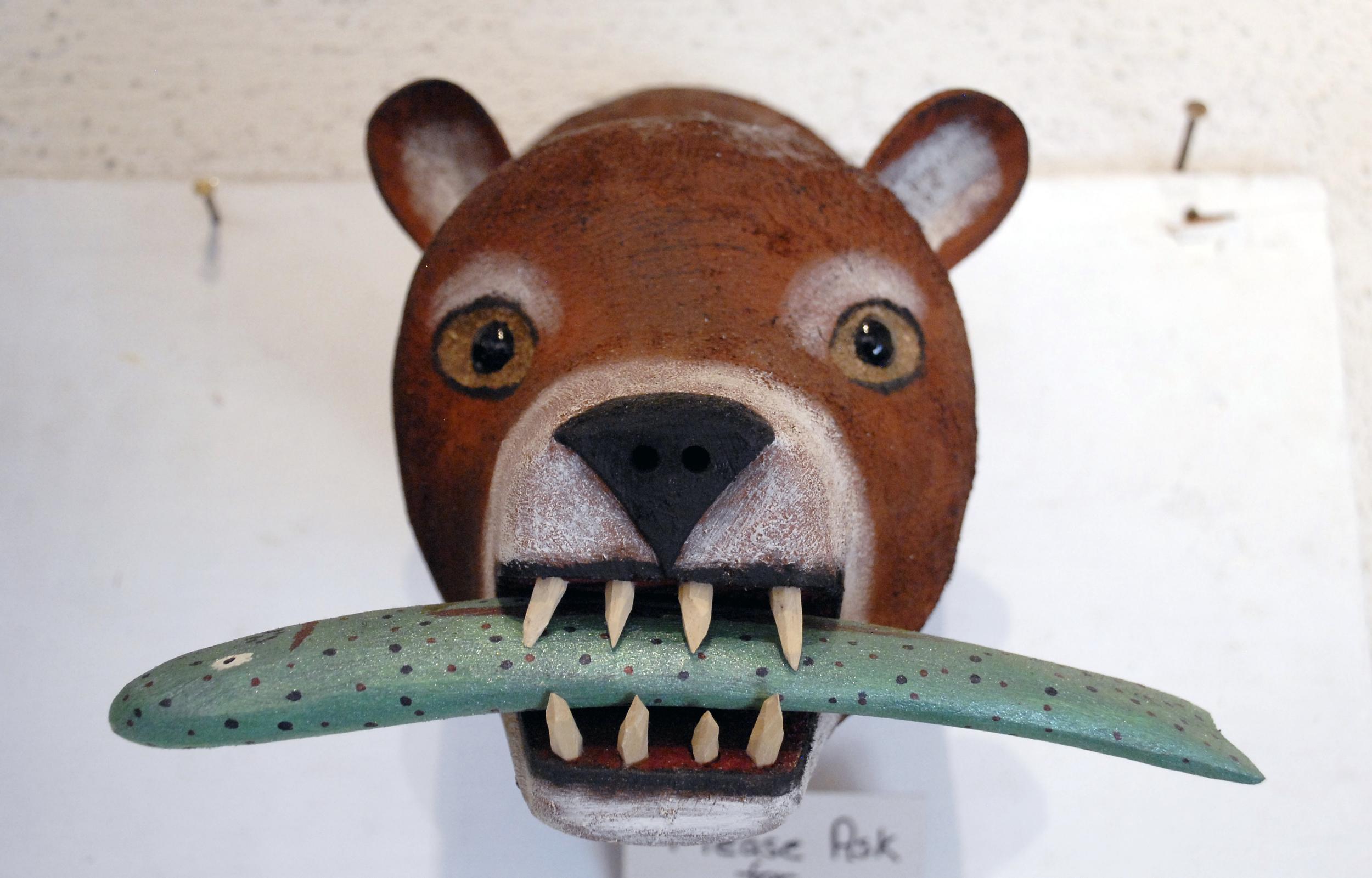 Small bear head with fish.jpg