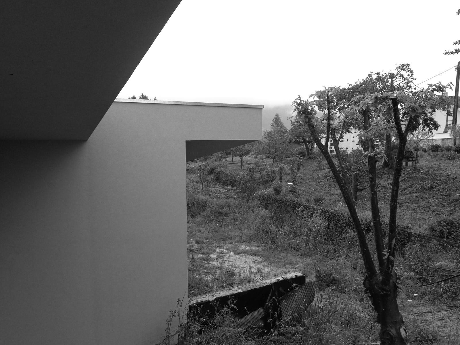 Moradia S+N - EVA - evolutionary architecture - arquitectos porto (18).jpg