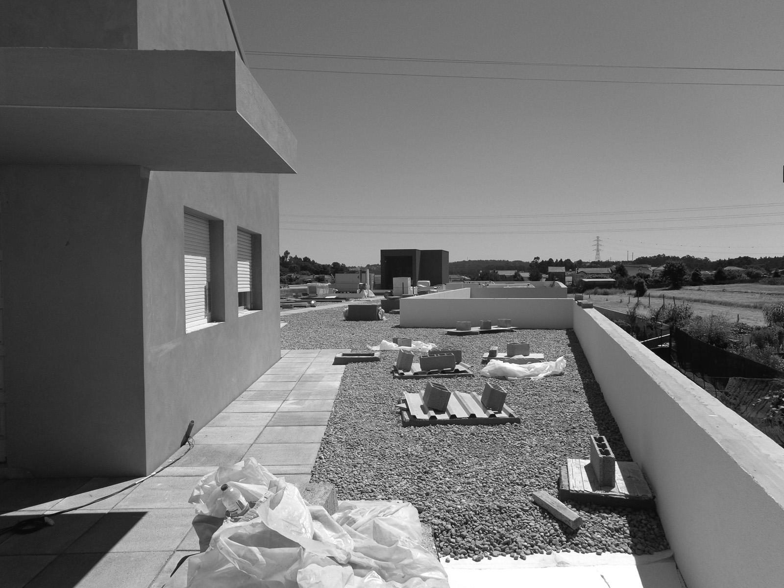 Antero - Construção - Stand - Oficina - BMW - Yamaha - EVA evolutionary architecture - Arquitectos Porto (5).jpg