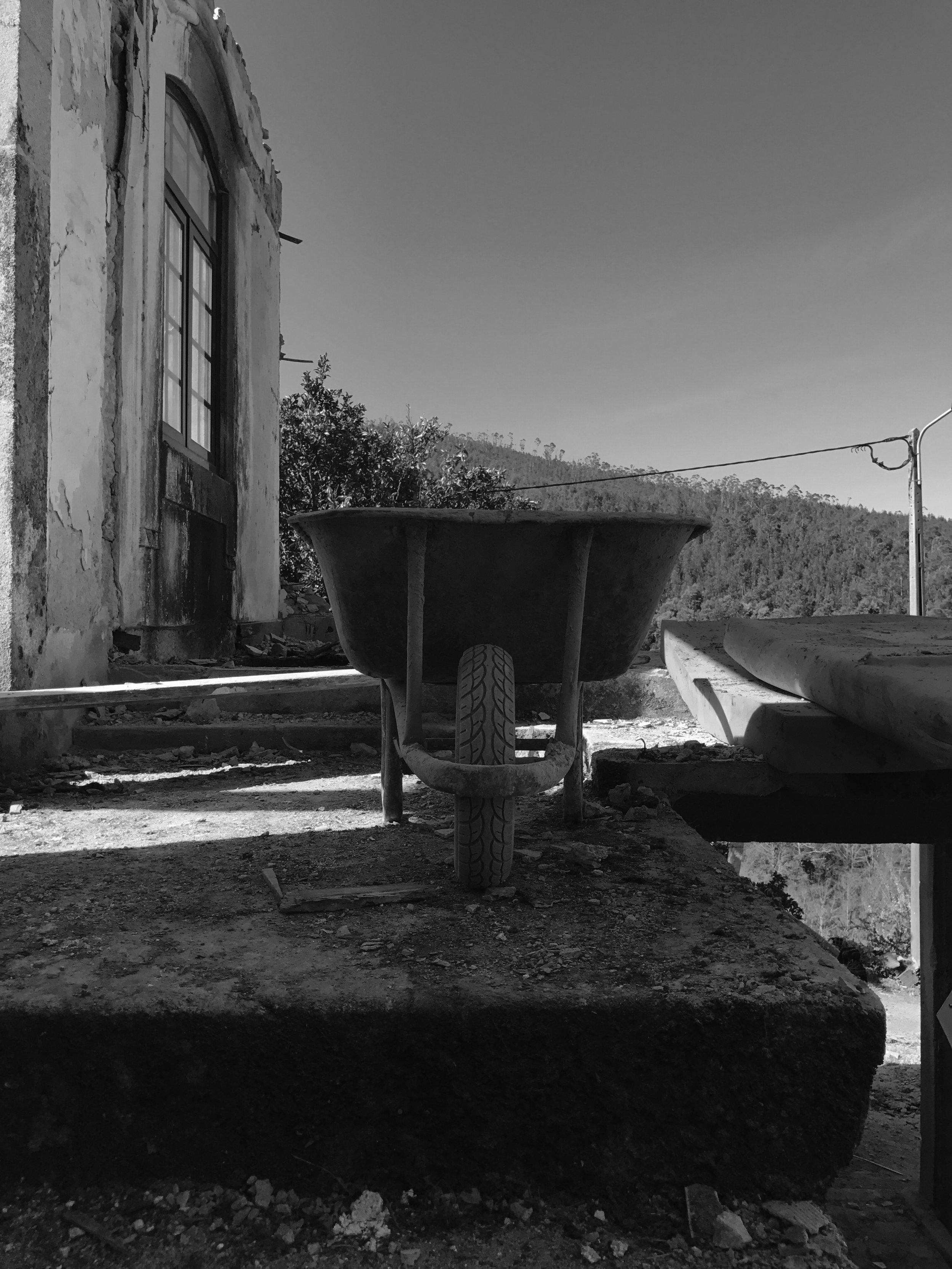 Moradia Folgorosa - Vale de Cambra - EVA atelier - Arquitectura - Obra (17).jpg
