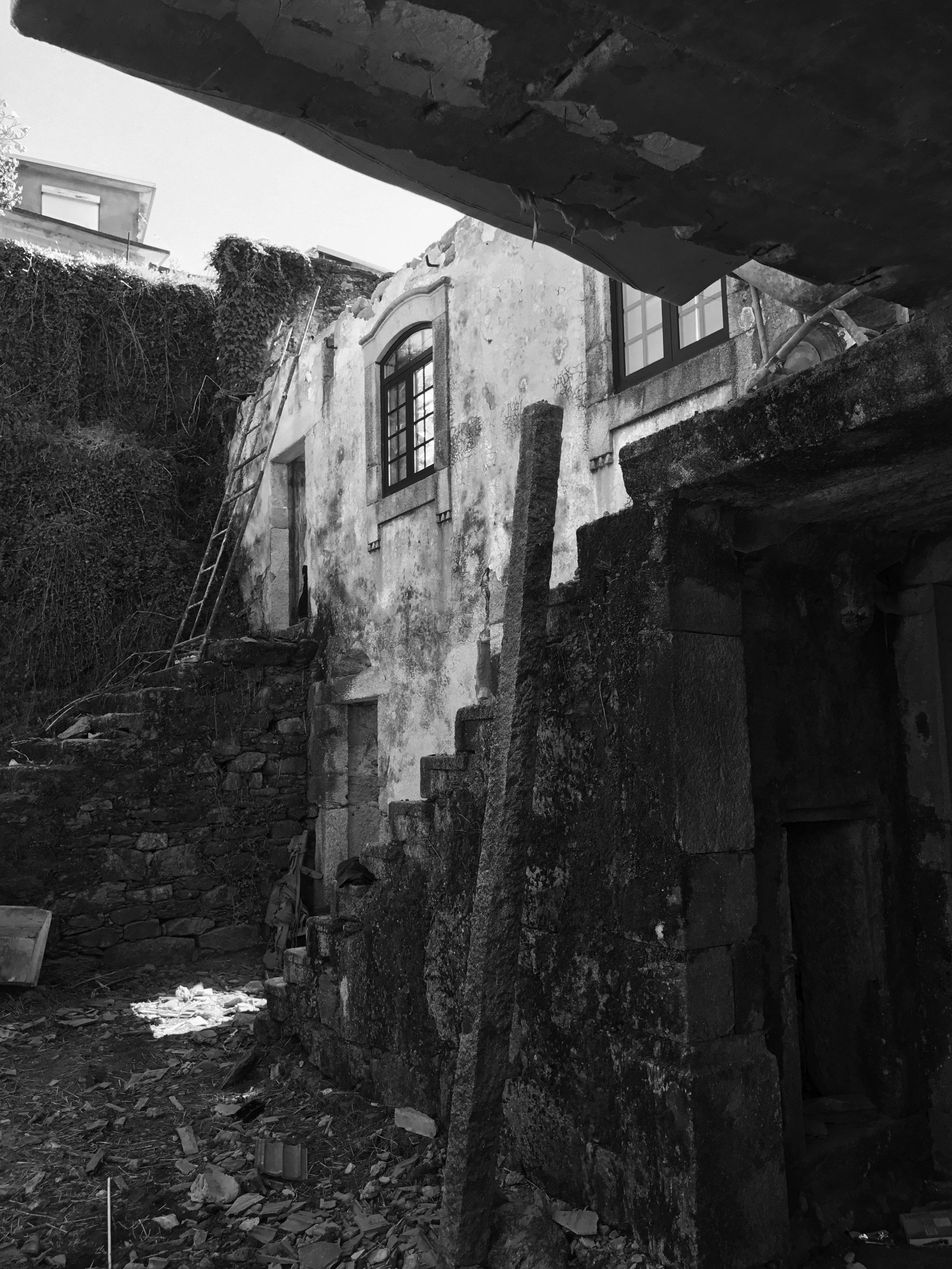 Moradia Folgorosa - Vale de Cambra - EVA atelier - Arquitectura - Obra (27).jpg