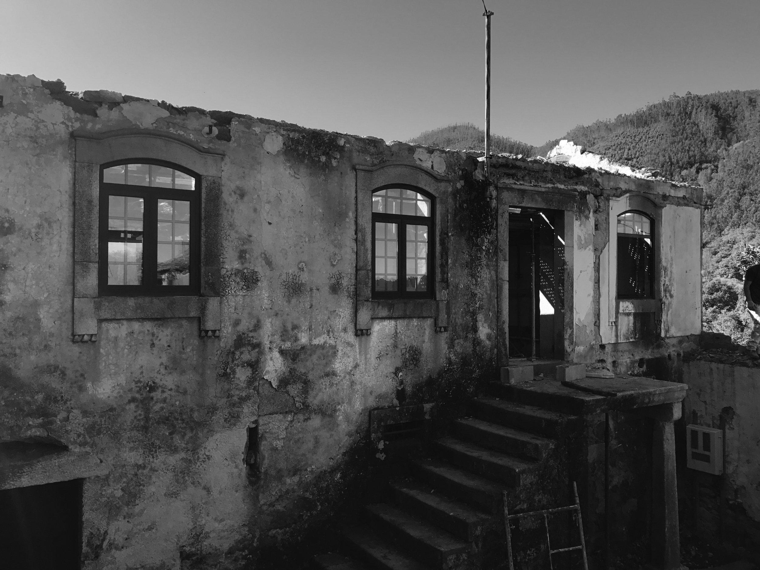 Moradia Folgorosa - Vale de Cambra - EVA atelier - Arquitectura - Obra - Arquitecto - Porto - EVA evolutionary architecture (16).jpg