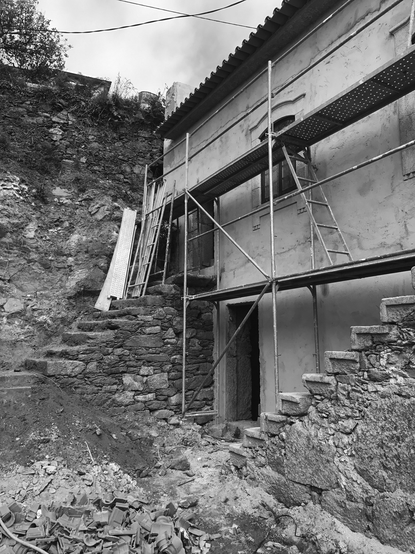 Moradia Folgorosa - Vale de Cambra - EVA atelier - Arquitectura - Obra - Arquitecto - Porto - EVA evolutionary architecture (6).jpg