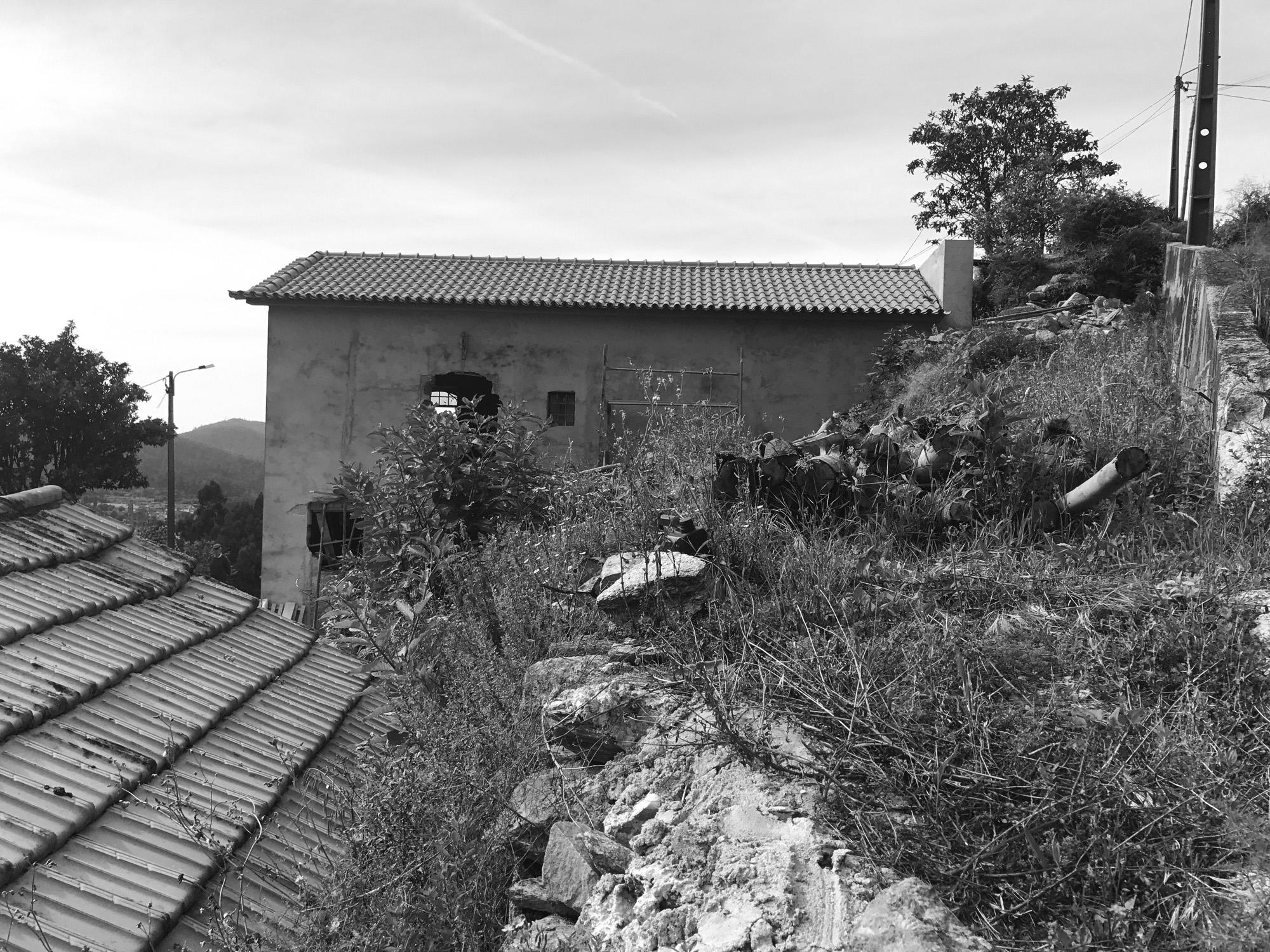 Moradia Folgorosa - Vale de Cambra - EVA atelier - Arquitectura - Obra - Arquitecto - Porto - EVA evolutionary architecture (8).jpg