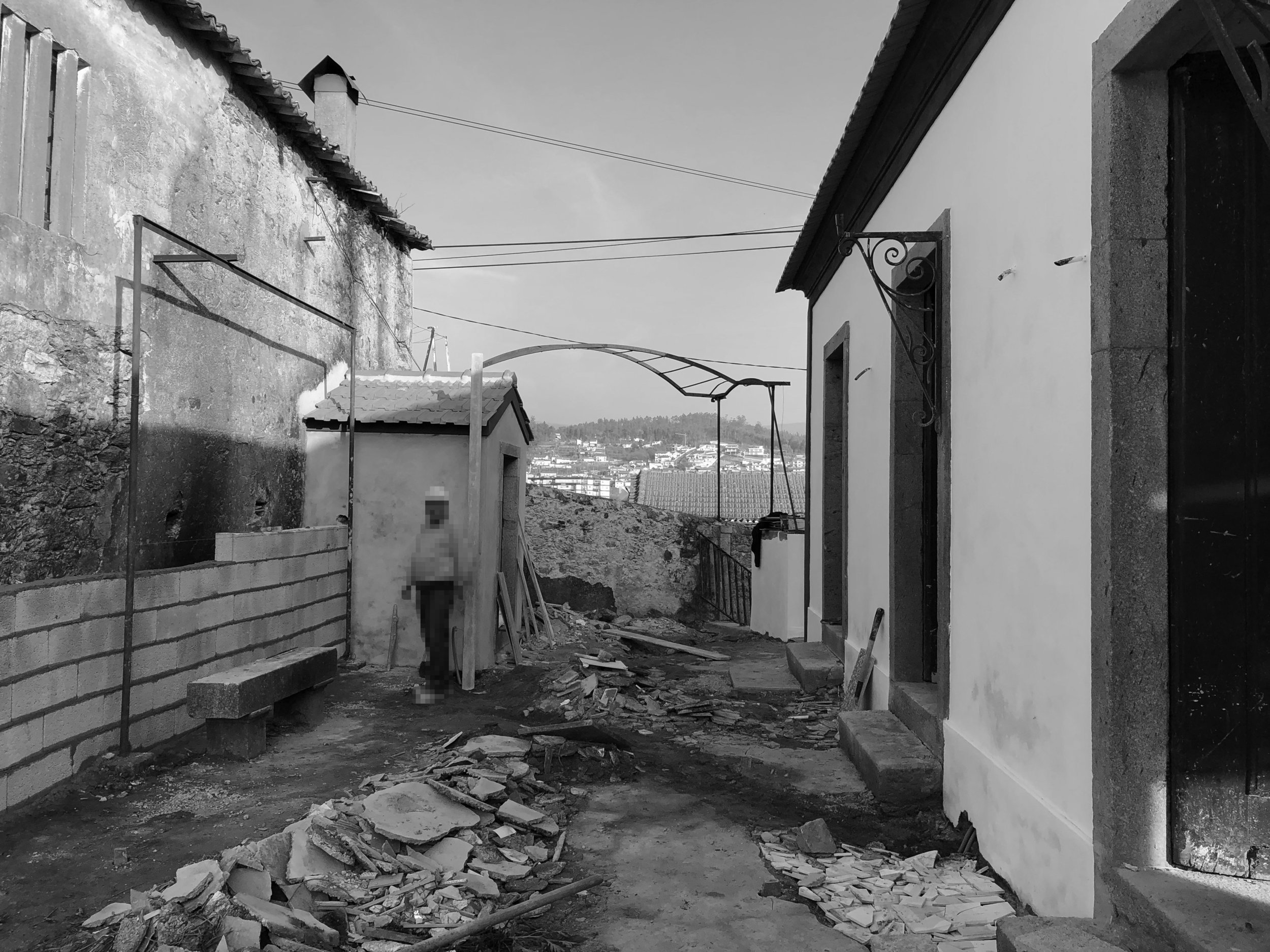 Moradia Coelhosa - EVA - evolutionary architecture - Vale de Cambra - arquitectos - Porto - remodelação (13).jpg