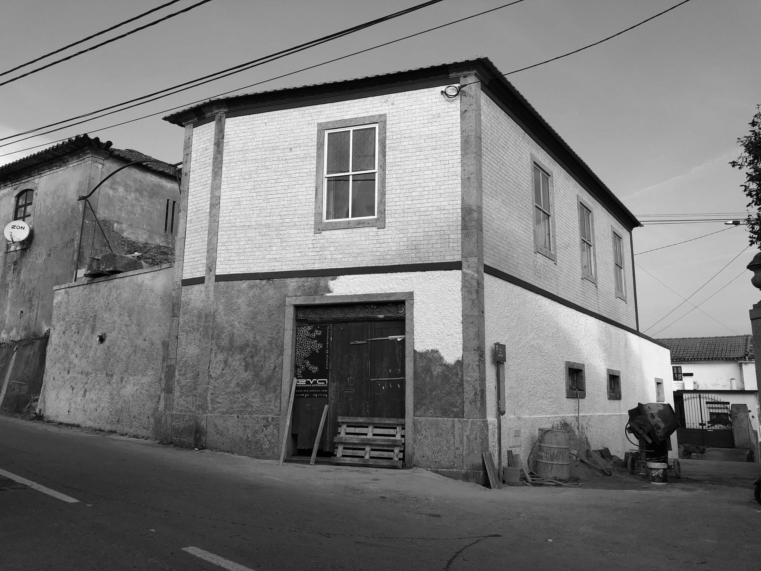 Moradia Coelhosa - EVA - evolutionary architecture - Vale de Cambra - arquitectos - Porto - remodelação (24).jpg