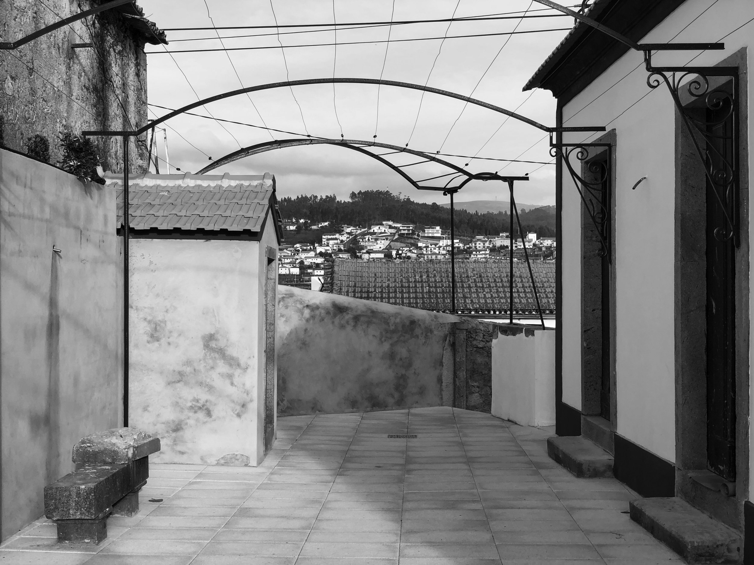 Moradia Coelhosa - EVA evolutionary architecture - remodelação - reconstrução - arquitectura - vale de cambra (3).jpg
