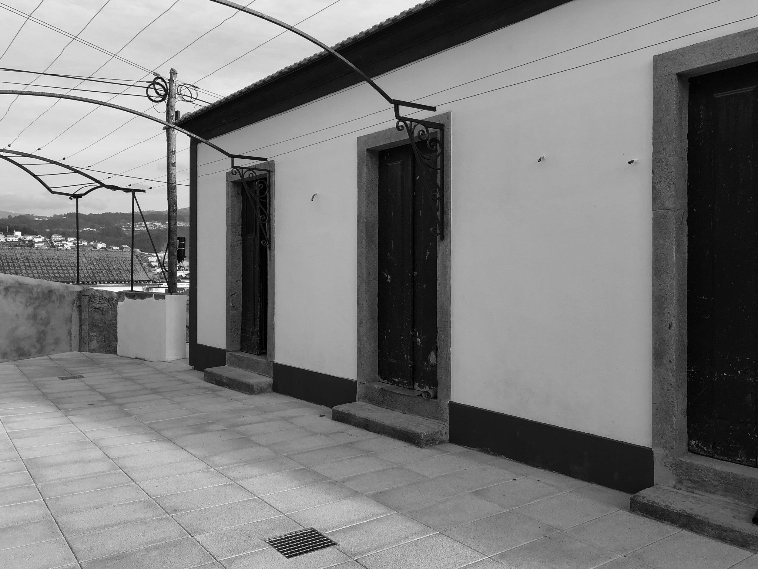 Moradia Coelhosa - EVA evolutionary architecture - remodelação - reconstrução - arquitectura - vale de cambra (5).jpg