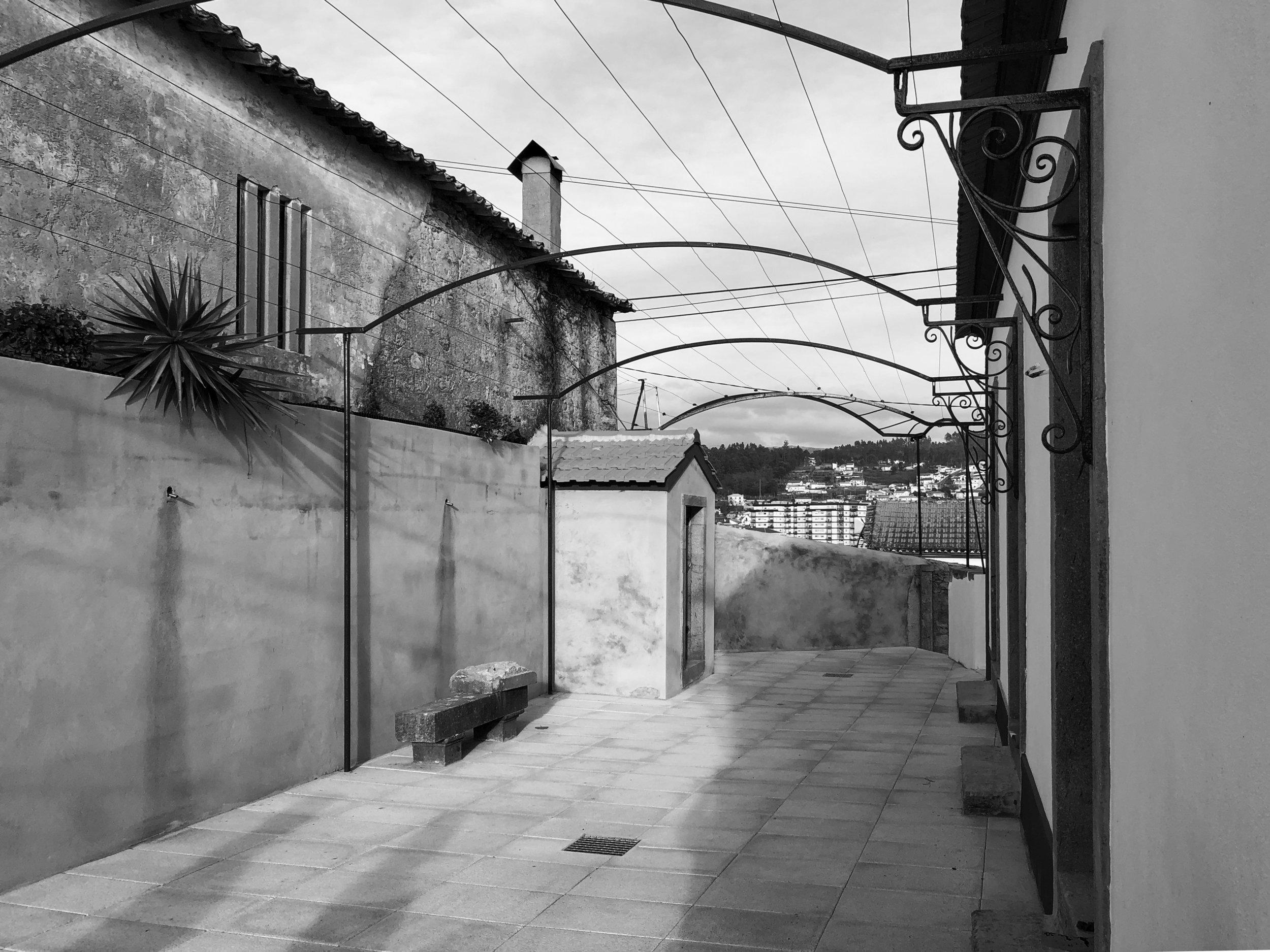 Moradia Coelhosa - EVA evolutionary architecture - remodelação - reconstrução - arquitectura - vale de cambra (4).jpg