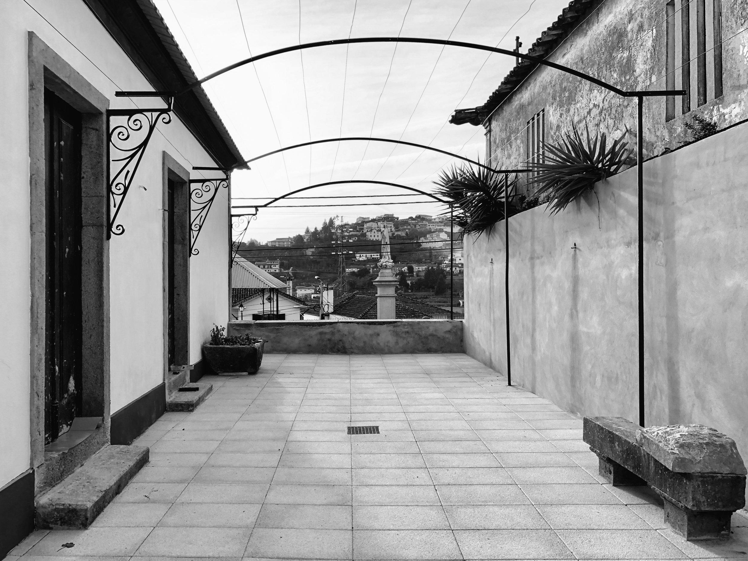Moradia Coelhosa - EVA evolutionary architecture - remodelação - reconstrução - arquitectura - vale de cambra (17).jpg
