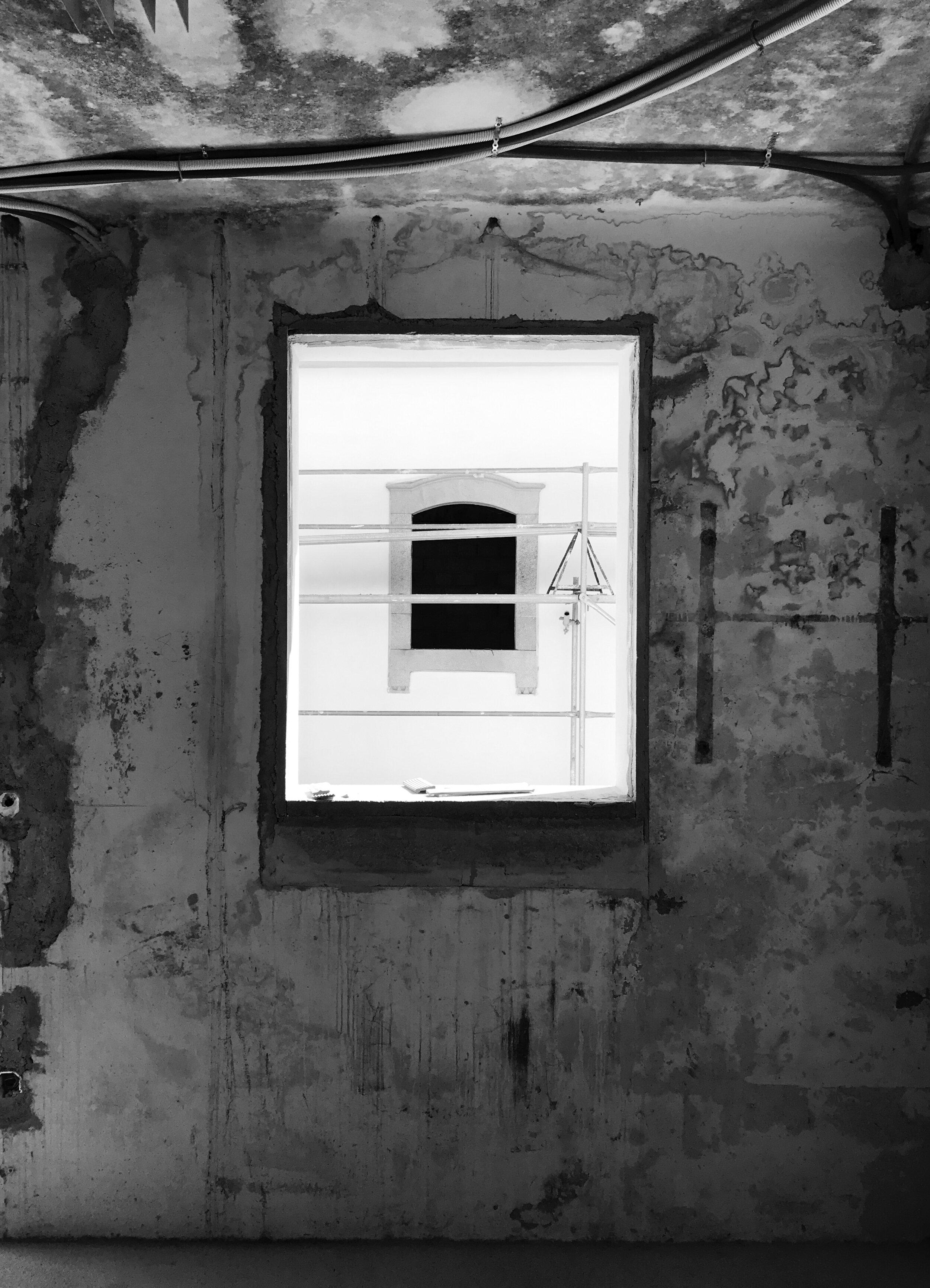 Moradia Folgorosa - EVA evolutionary architecture - arquitecto - reconstrução - vale de cambra (15).jpg