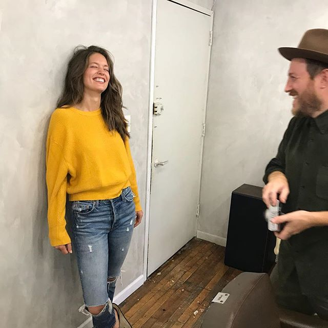 Always ready for her close up 📸 // @Emilydidonato giving @kennalandny #topmodel looks 👀 at #Kennaland, Greenpoint ✨