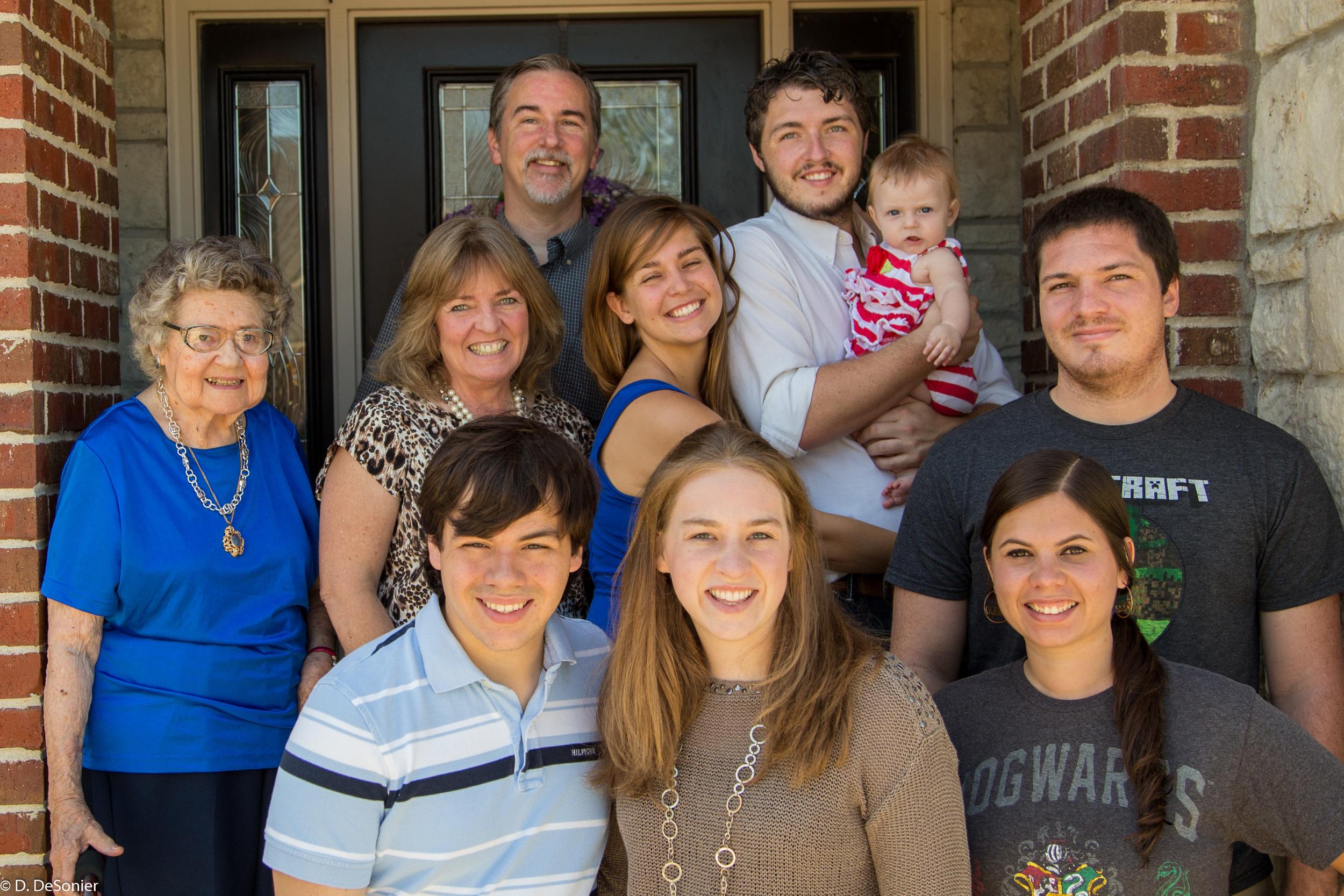 Back : Dave, Josh, Rosie.  Middle : Fran, Roanne, Sharlotte, Mike,  Front : Ben, Christie, Megan.