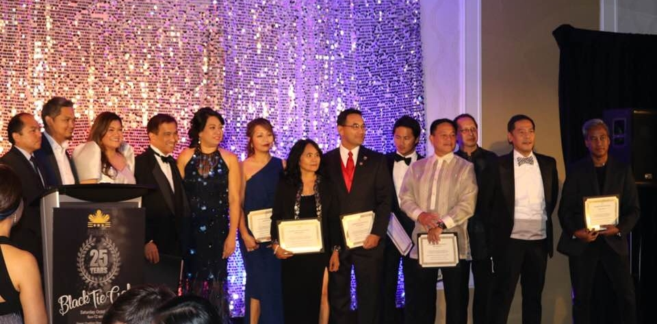 The PACC-DC officers and board members receiving awards of appreciation for all their hard work. From left: Philippine Embassy representative, Jef Salonga (Board Member), Cristina Sison (President), Robert Llames (Board Member), Judith Mitchell (Public Relations), Sheila Bustamante (Treasurer), Juliette Barredo (Board Member), John Cabrera (Board Member), James Mata (Board Member), Joey Lim (Board Member),  Peter Thieman (Board Member), Michael San Juan (Vice President), Francis Faina, (Secretary)