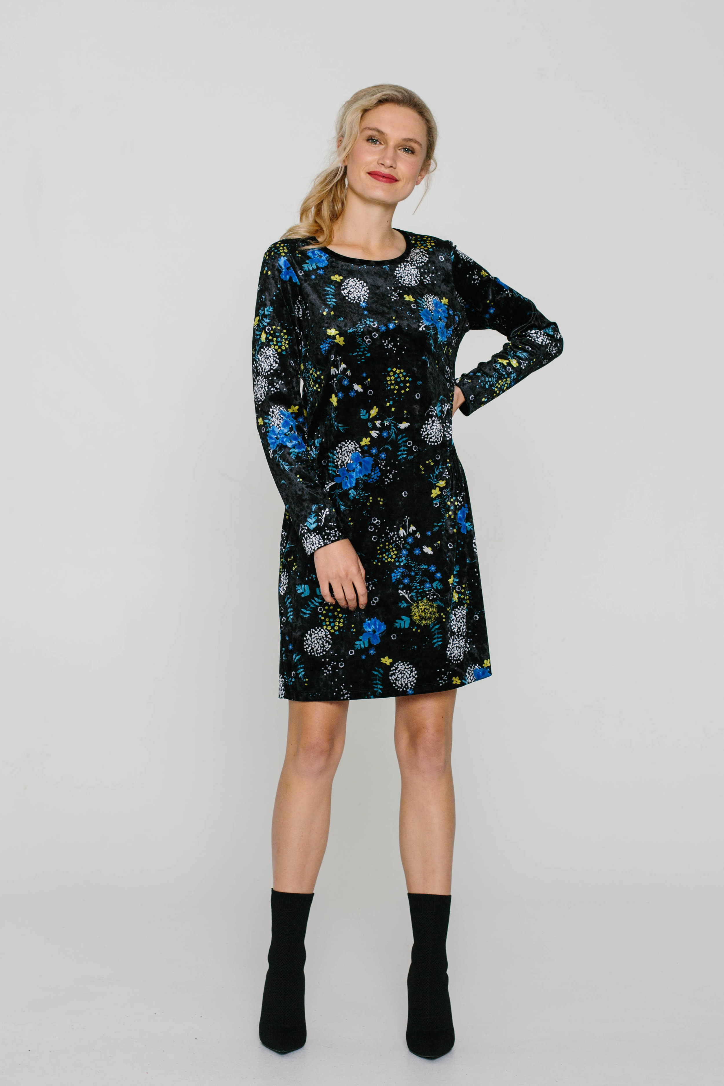5979W Blondie Dress Garden Velvet