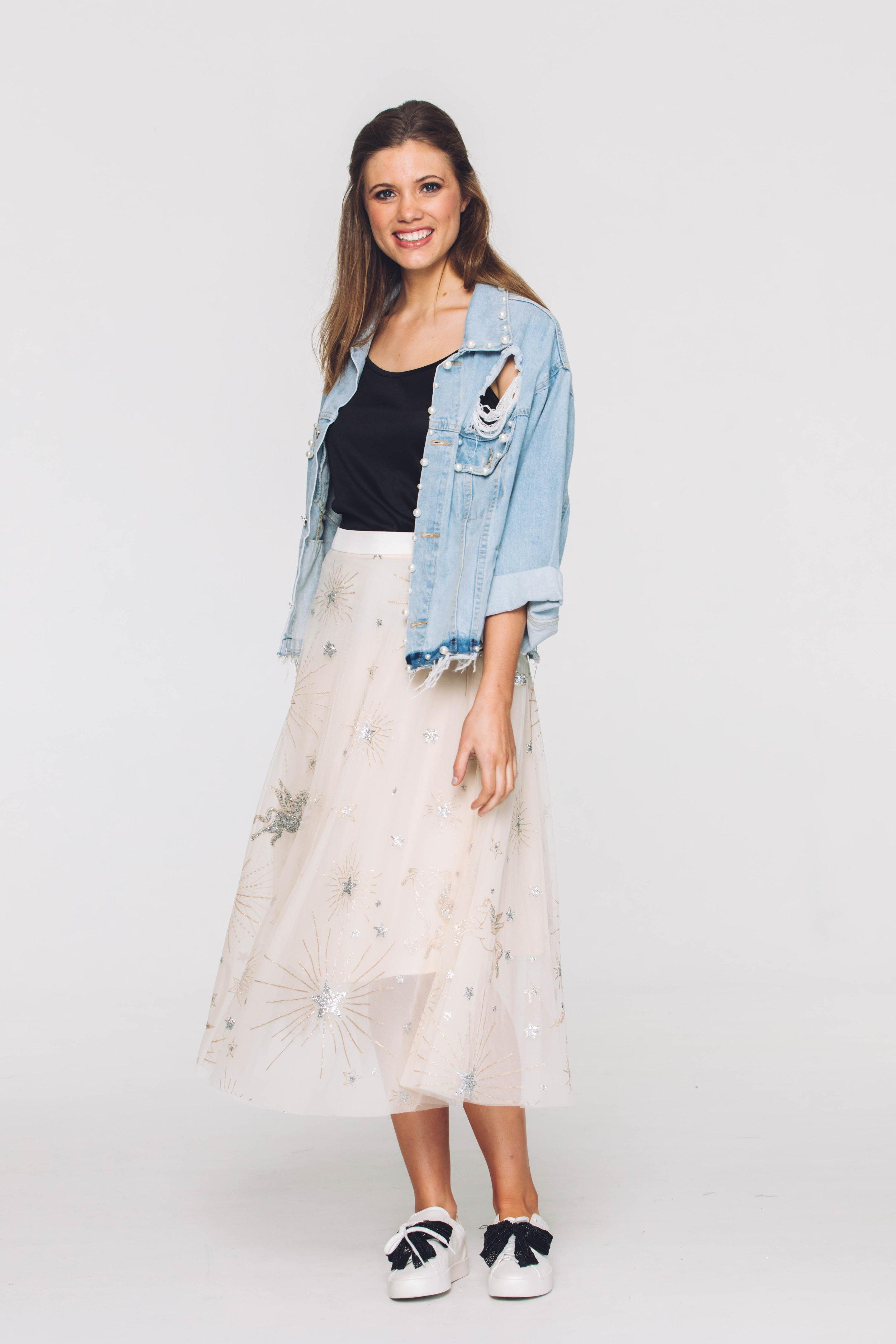 6370V Pearl Jacket, Denim; 6301V Eliza Skirt, Stars Ivory
