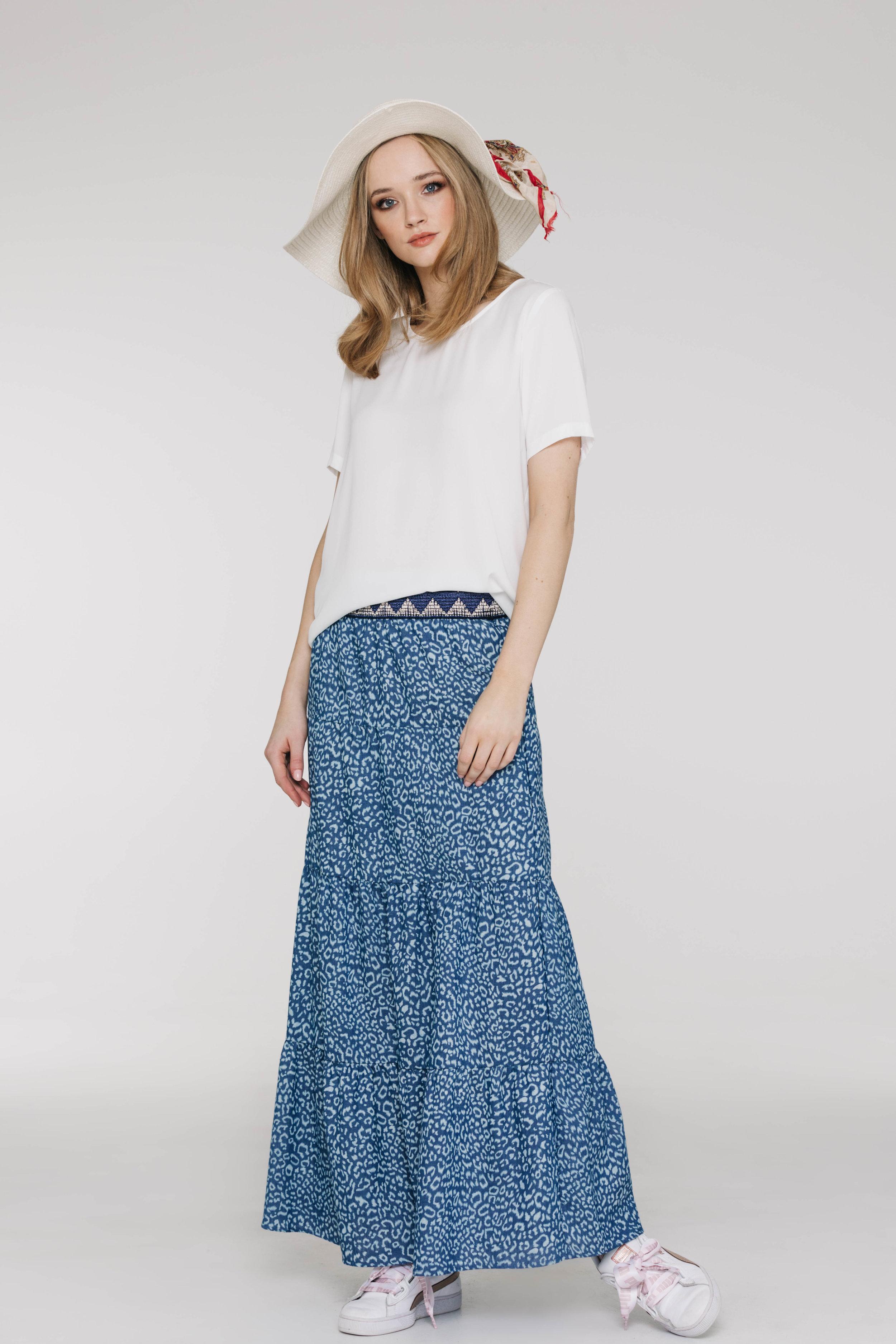 New Tux Tee 5173PA Ivory, Dolly Skirt 6519N Skin Denim