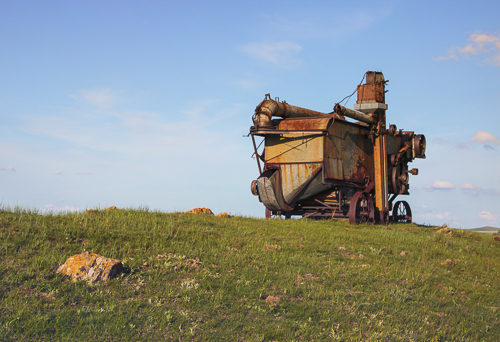 Old Iron on the Prairie, by Tom Miller. All rights reserved.
