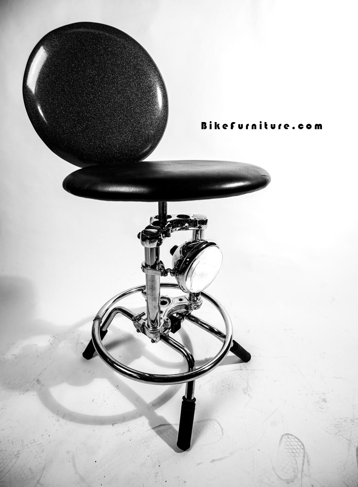Moto stool - cushion - prototype  Can be made with or without back